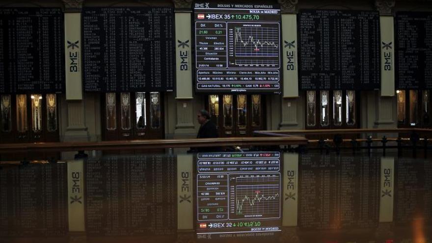 El IBEX 35 abre con una leve caída del 0,11 por ciento y se sitúa en los 10.268 puntos