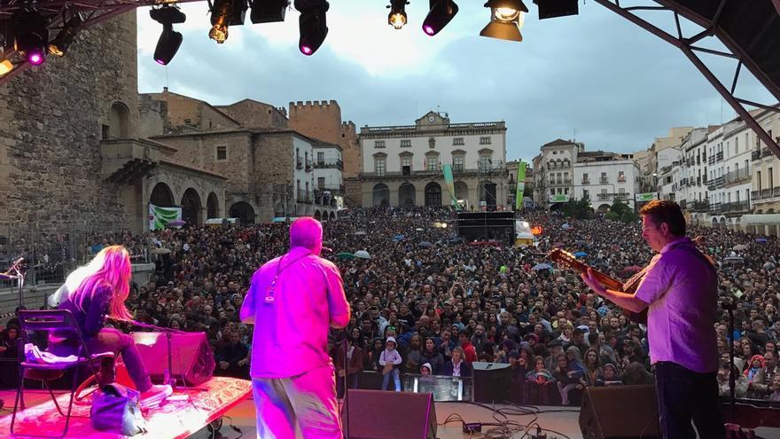 Actuación de Sharon Shannon en WOMAD Cáceres 2017
