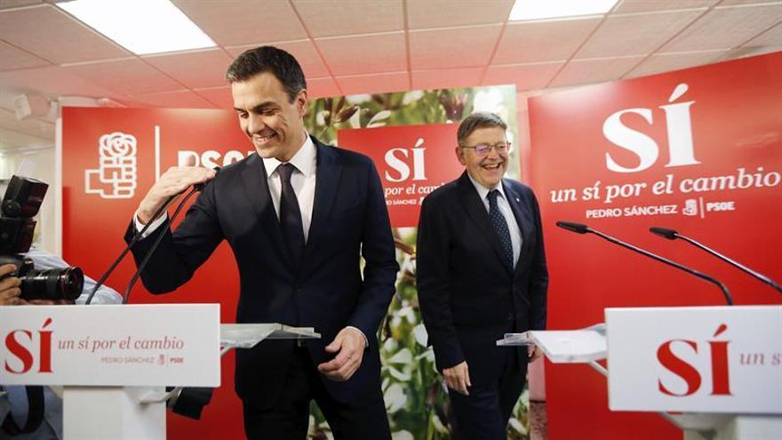 Sánchez y Puig escenifican su sintonía con un compromiso por la financiación
