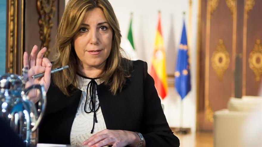 Díaz repetirá como líder del PSOE-A tras ser la única en conseguir los avales