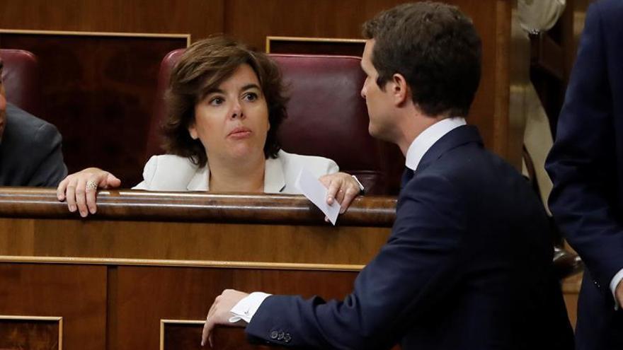 Casado incorpora a 6 dirigentes del entorno de Santamaría, que rompe el diálogo
