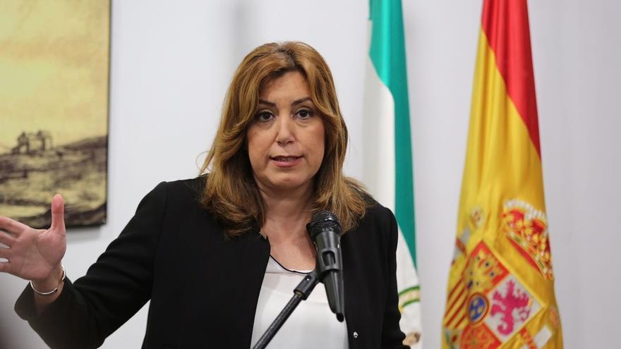 """Susana Díaz: """"El 4 de marzo es el acto de celebración del Día de Andalucía, no saquen más punta al lápiz"""""""