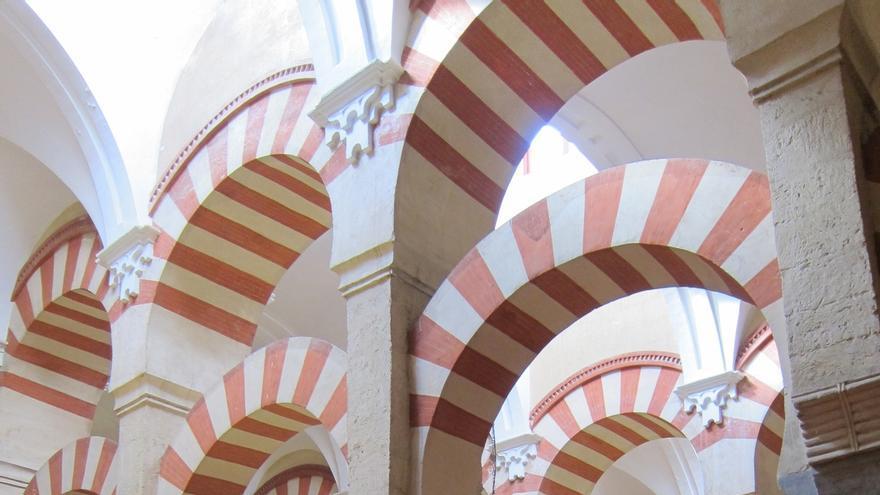 Las visitas a la Mezquita-Catedral siguen creciendo y enero se cierra con casi un 20% de turistas