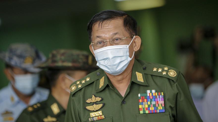 Los tribunales militares han dictado 65 penas de muerte en Birmania, según HRW