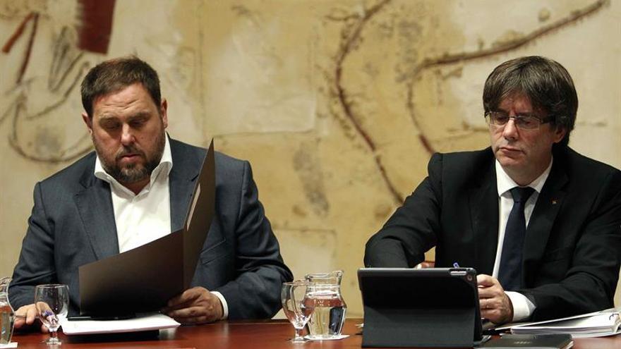 Puigdemont pedirá a Rajoy una reunión para proponerle acordar el referéndum
