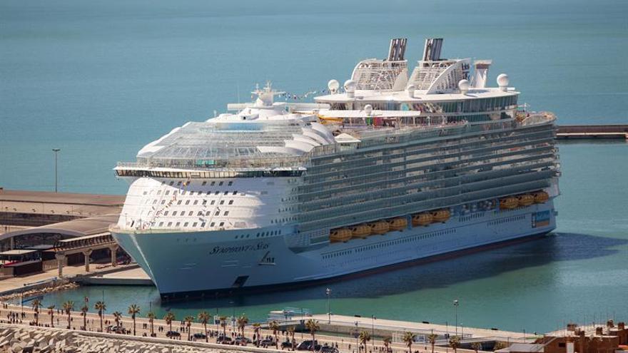 El crucero más grande del mundo llega a su puerto base en Miami
