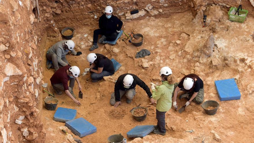 Documentan avances hace 450.000 años con 22.000 utensilios hallados Atapuerca