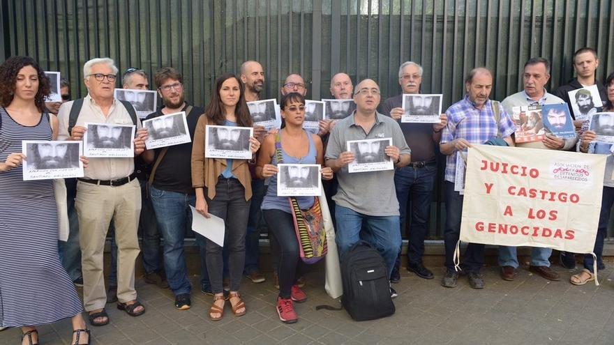 Podemos prepara iniciativas para que el Parlamento Europeo exija la aparición con vida del argentino Santiago Maldonado