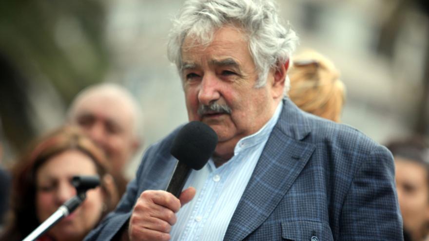 """Mujica viaja a Venezuela para respaldar al Gobierno y al pueblo, según """"La República"""""""