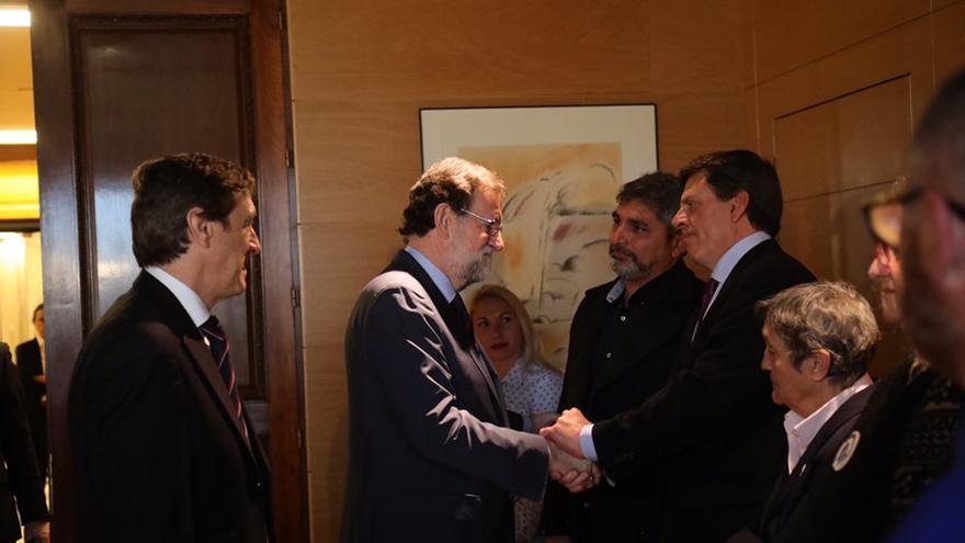 Mariano Rajoy el 15 de marzo junto a Juan Carlos Quer, Antonio del Castillo, Juan José Cortés, María del Mar Palo, Jessica Sánchez y Blanca Estrella Ruiz
