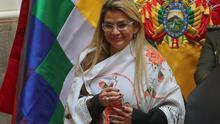 Bolivia prevé más de cien millones de dólares para bono por cuarentena