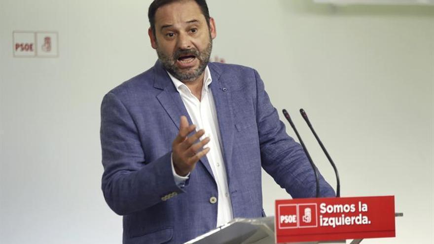 Ábalos: la apuesta del PSOE por el federalismo está clara, pero admite debate