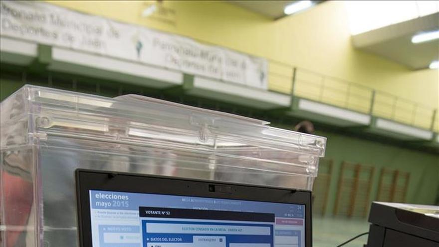 Los colegios electorales de Madrid, los únicos de España con mesas electrónicas