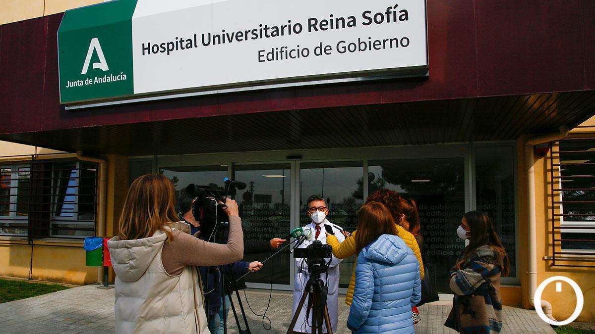 El doctor José López informa de los contactos mantenidos con Reino Unido y el IMIBIC