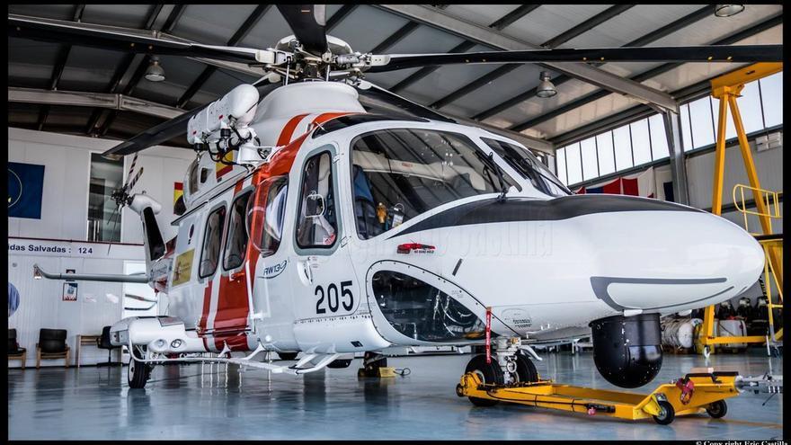 Helicóptero Helimer 205 de Salvamento Marítimo.