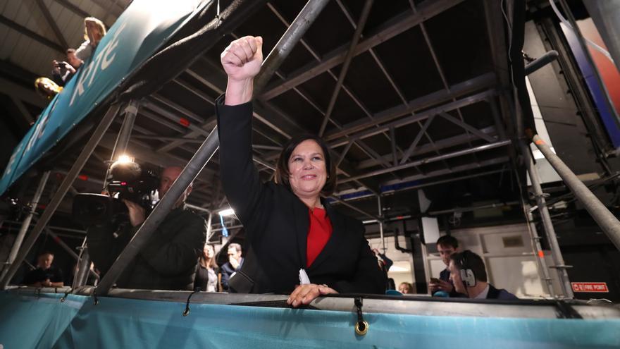 Mary Lou McDonald celebra los resultados de las elecciones.
