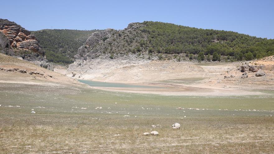 Vista actual del embalse de Entrepeñas, en la cabecera del Tajo