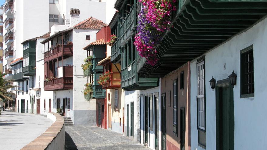 Balcones de la Avenida Marítima.
