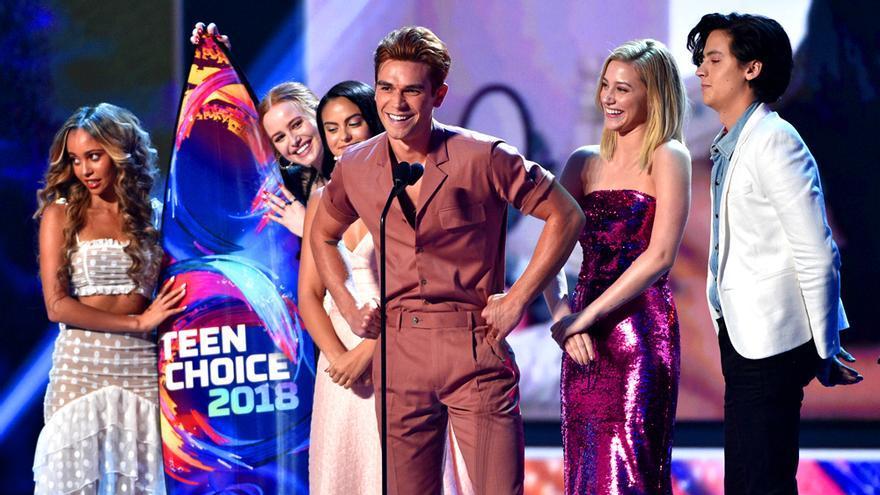 Los protagonistas de Riverdale, triunfadores de los Teen Choice Awards