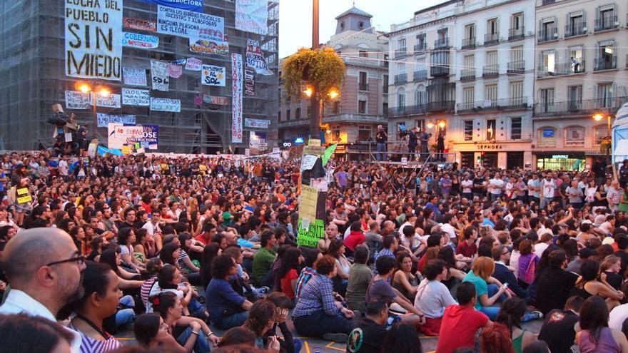 Concentración del 15M en la Puerta del Sol de Madrid.   Foto: Juventud Sin Futuro.