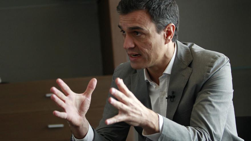 Pedro Sánchez durante un momento de la entrevista / Foto: MARTA jARA.