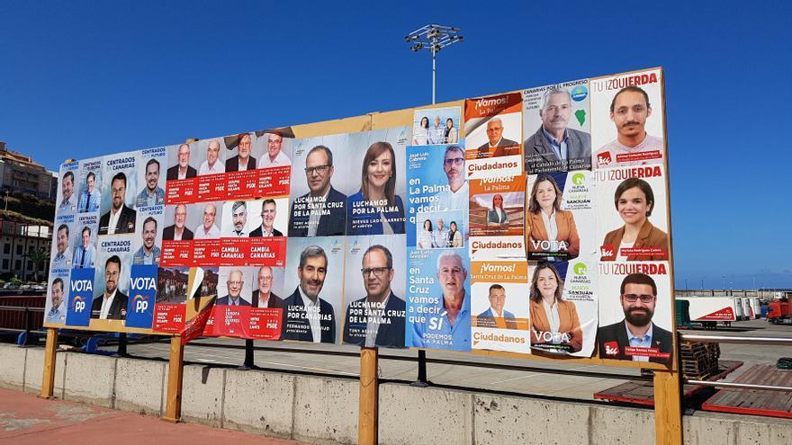 Espacio destinado a la cartelería electoral en Santa Cruz de La Palma.