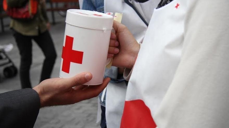 Cruz Roja recauda más de 16.000 euros en la campaña del Día de la Banderita