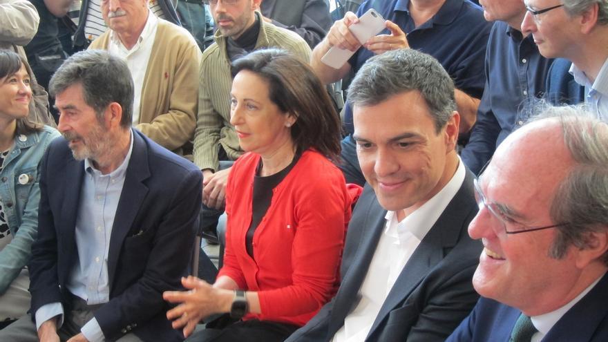 La moción de censura del PSOE cuenta con las firmas de la totalidad de los diputados del grupo