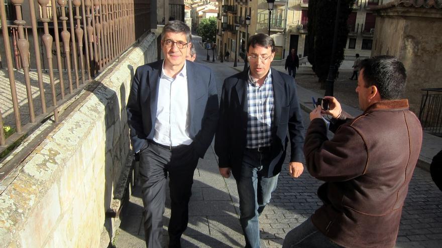 Patxi López quiere que los candidatos a las primarias se comprometan a no organizar una oposición interna si pierden