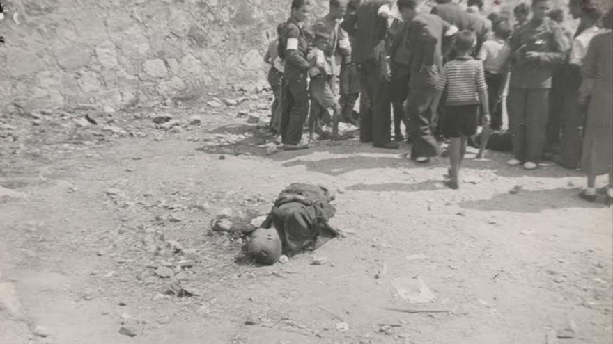 Matanza del 20 de agosto. El cadáver en primer plano es posiblemente el de Nicolás de Pablo
