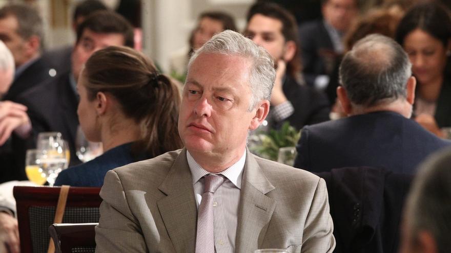 """Embajador británico en España llama a trabajar juntos """"en interés de los ciudadanos de la comarca"""""""