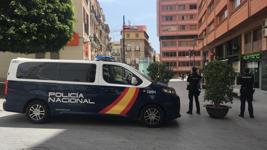 Once detenidos en Pamplona como parte de una red dedicada a la regularización de migrantes a cambio de dinero