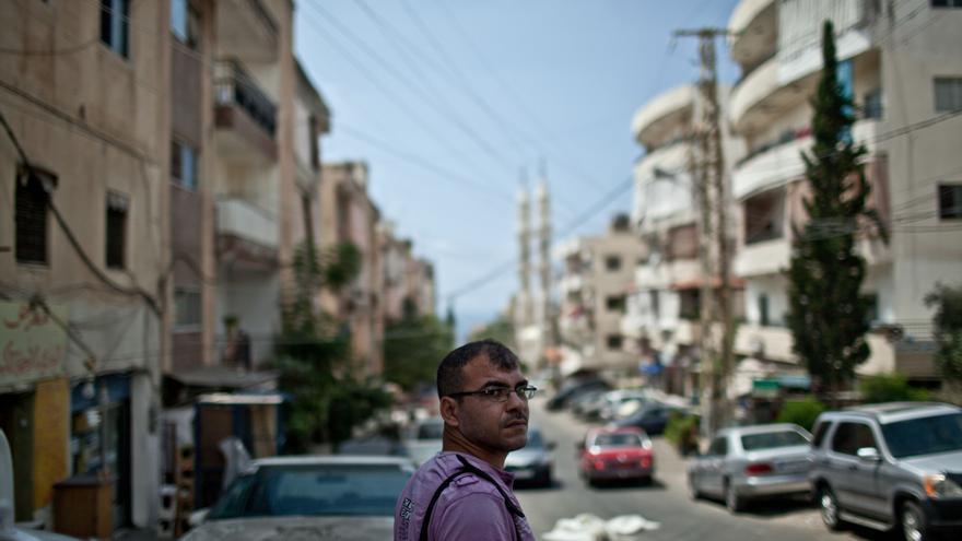 Nasser Abu Shalbak es refugiado palestino. Nació en Jordania, vivió en Siria y ahora está desplazado en Líbano./ Fotografía: Pablo Tosco/ Intermón Oxfam.