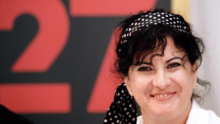 """Aurora Luque dice que en poesía, """"lo personal es político y lo político es personal"""""""