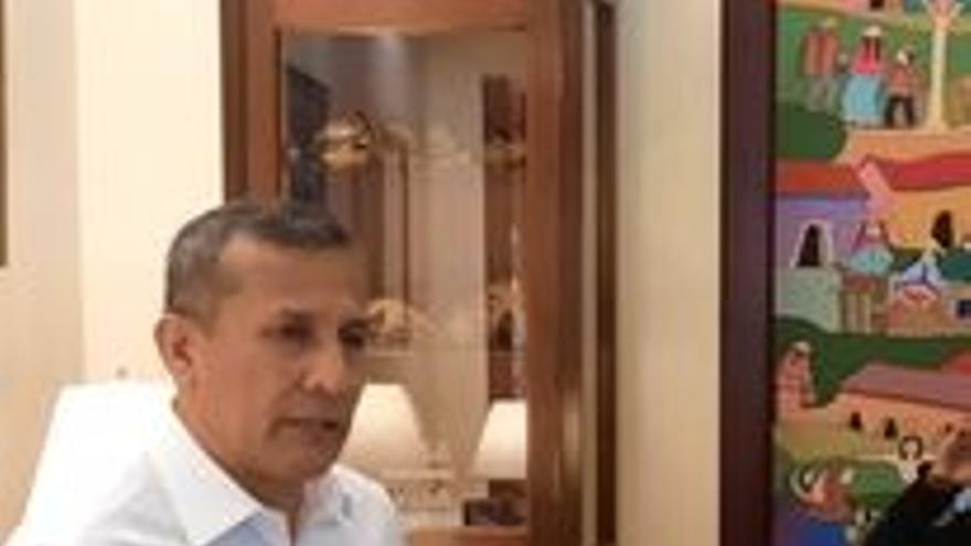"""Ollanta Humala: """"Mi ventaja son los logros de un quinquenio de crecimiento, mi desventaja ser víctima de 3500 tapas de medios que me acusaron sin pruebas"""""""