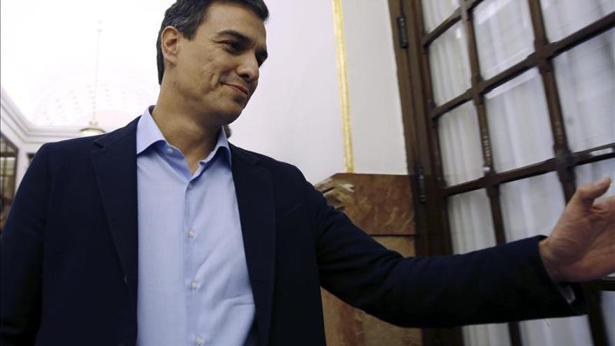 """Sánchez dice que España es una """"democracia más débil"""" con la reforma del Constitucional"""