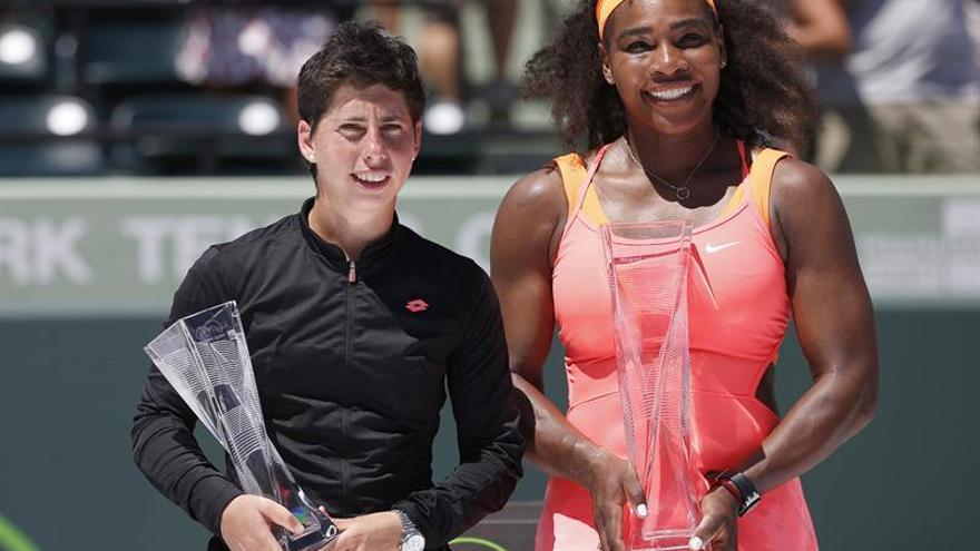 Carla Suárez y Serena Williams. EFE/EPA/RHONA WISE