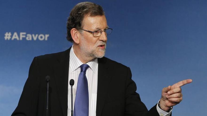"""Rajoy pide a otros líderes """"tranquilizarse"""" para evitar unas terceras elecciones"""