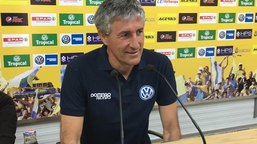 El entrenador de la UD Las Palmas, Quique Setién, ha adelantado que para la próxima temporada establecerá algunos cambios con el fin de que el equipo funcione mejor.