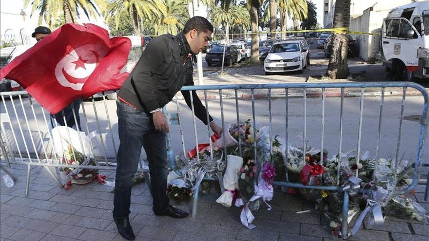 Túnez arresta a 30 personas por presuntos lazos con el atentado del martes