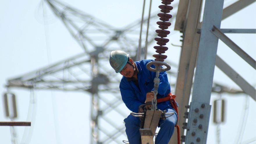La tarifa eléctrica bajará un 2 por ciento en octubre