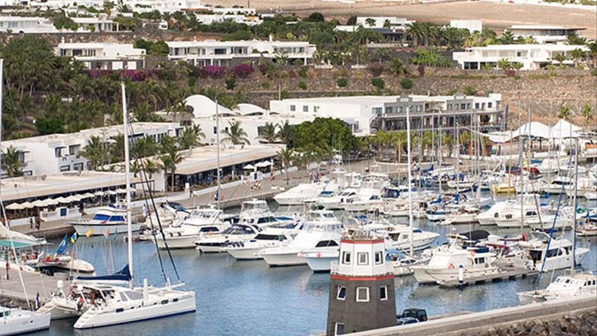 Puerto Calero.