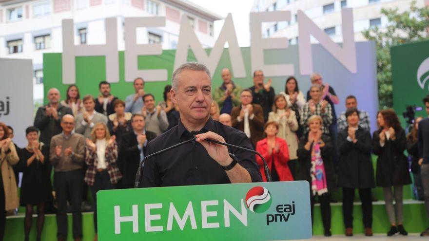 El Lehendakari, Iñigo Urkullu, en un mitin de campaña electoral en Barakaldo (Bizkaia)