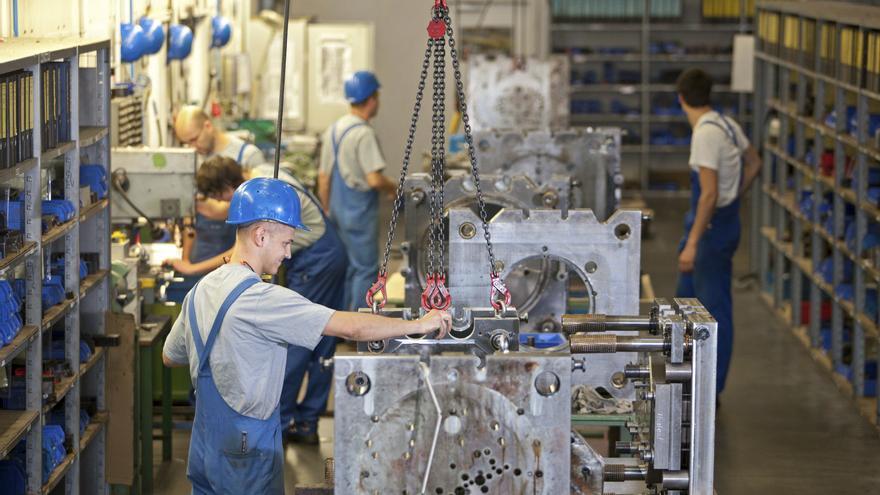 Sube ligeramente el desempleo en Alemania, aunque se mantiene en el 6,8 por ciento