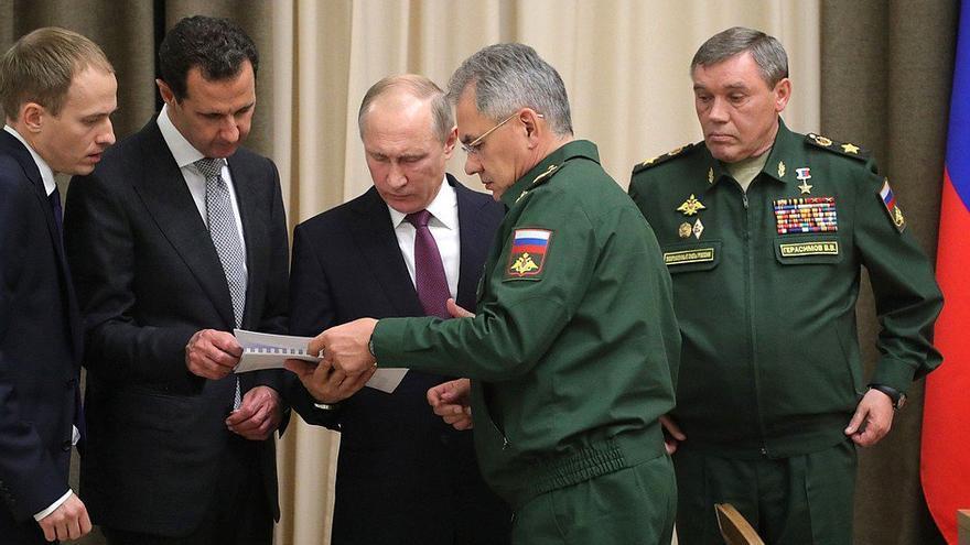 El presidente sirio, Bashar al Asad, y el presidente ruso, Vladimir Putin, durante la reunión celebrada este lunes en Sochi.