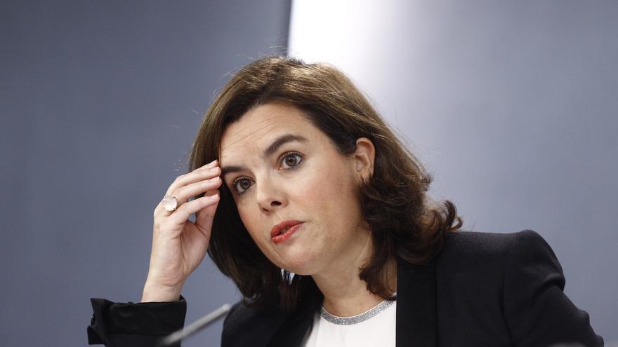 """Santamaría avisa a Mas de que el Gobierno lo """"frenará de raíz"""" si prosigue en su deriva """"antisistema"""""""