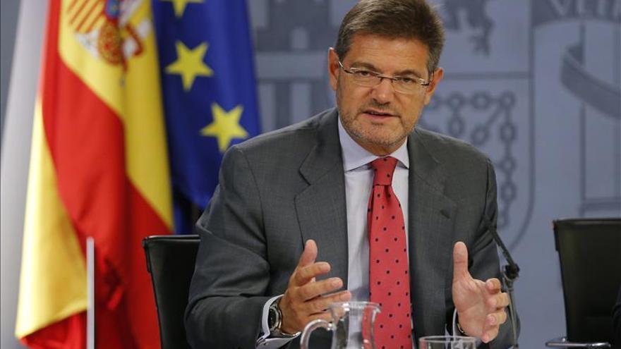 Catalá dice que no hay fisuras en el PP para exigir a Bildu que condene la violencia