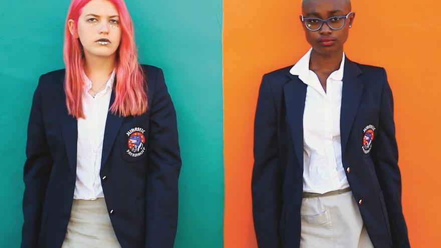 Fotograma de la obra proyecto videoartística 'Dresscode Uniform'. @Marlene Denningmann..jpg