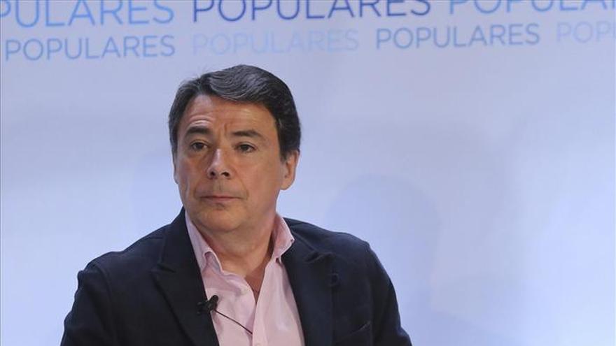 González dice que está indignado por la campaña de acoso y derribo contra él