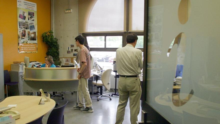 La Oficina de Información al Estudiante de la UPNA cambia su ubicación a la Biblioteca